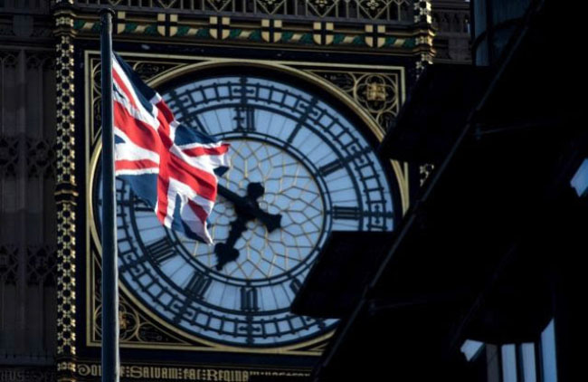 EU Lifts Britain out of Deficit Sin Bin