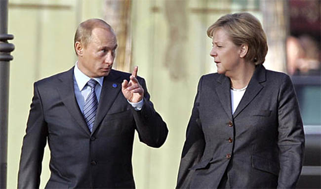 Putin, Merkel Urge Immediate  Ceasefire in Ukraine