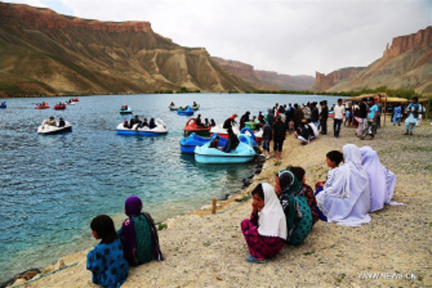 Insecure Roads Keep  Tourists from Visiting Bamyan
