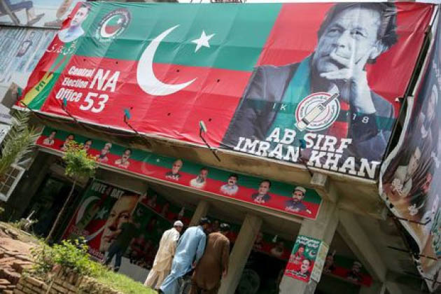 Rivals Concede Pakistan Election to  Imran Khan; EU Flags Concerns