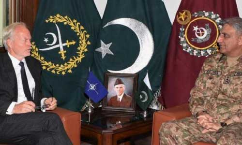 NATO SCR, Gen.  Bajwa Discuss Afghan Peace Process
