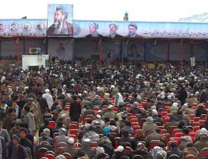Tens of Thousands of People Pay Tribute to Mazari